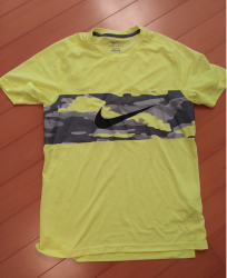 link to Nike running tee M size HK$100 (second hand)