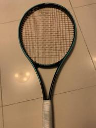 link to FS: Head Gravity Tour Graphene 360+ Racket; Grip 3