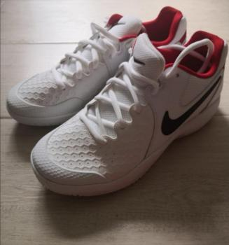 link to 全新Nike Air Zoom Resistance網球鞋