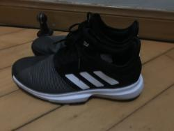 link to adidas game court tennis shoes 90%new