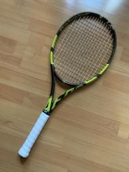link to Selling a 98% new Babolat Pure Aero VS 2020 Grip 2
